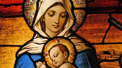 Maria, Rainha do céu e da terra